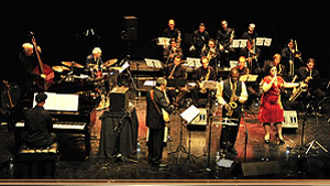 ANTONIO HART CON LA GRANADA BIG BAND